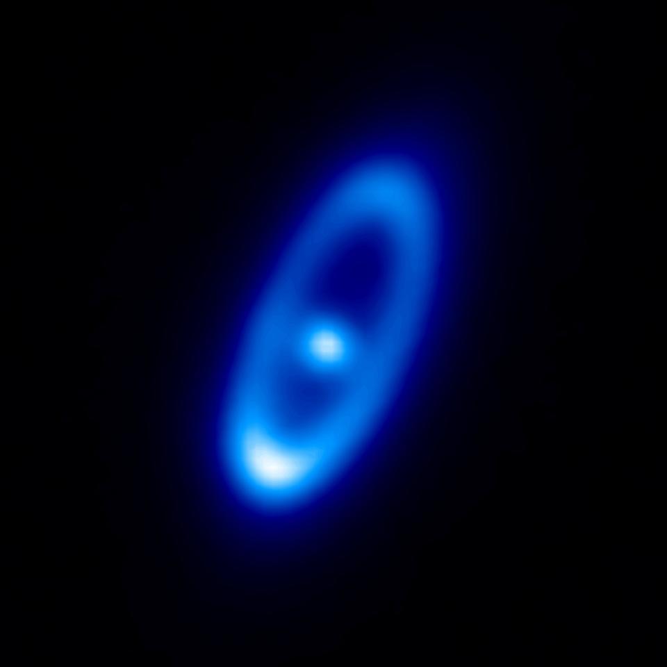 Herschel's image of Fomalhaut (Image: ESA)