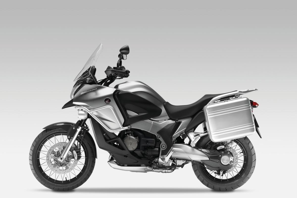 Honda's 1200 V4 Crosstourer