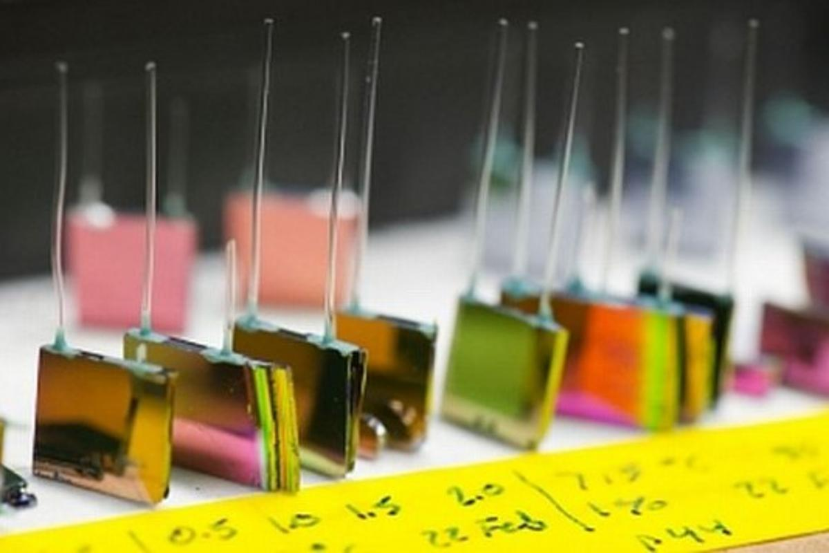 Researchers at MIT have developed sun-free photovoltaics (Photo: Justin Knight)