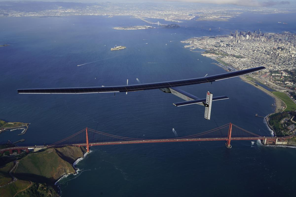 Solar Impulse 2 landed at Moffett Airfield after a 62-hour flight