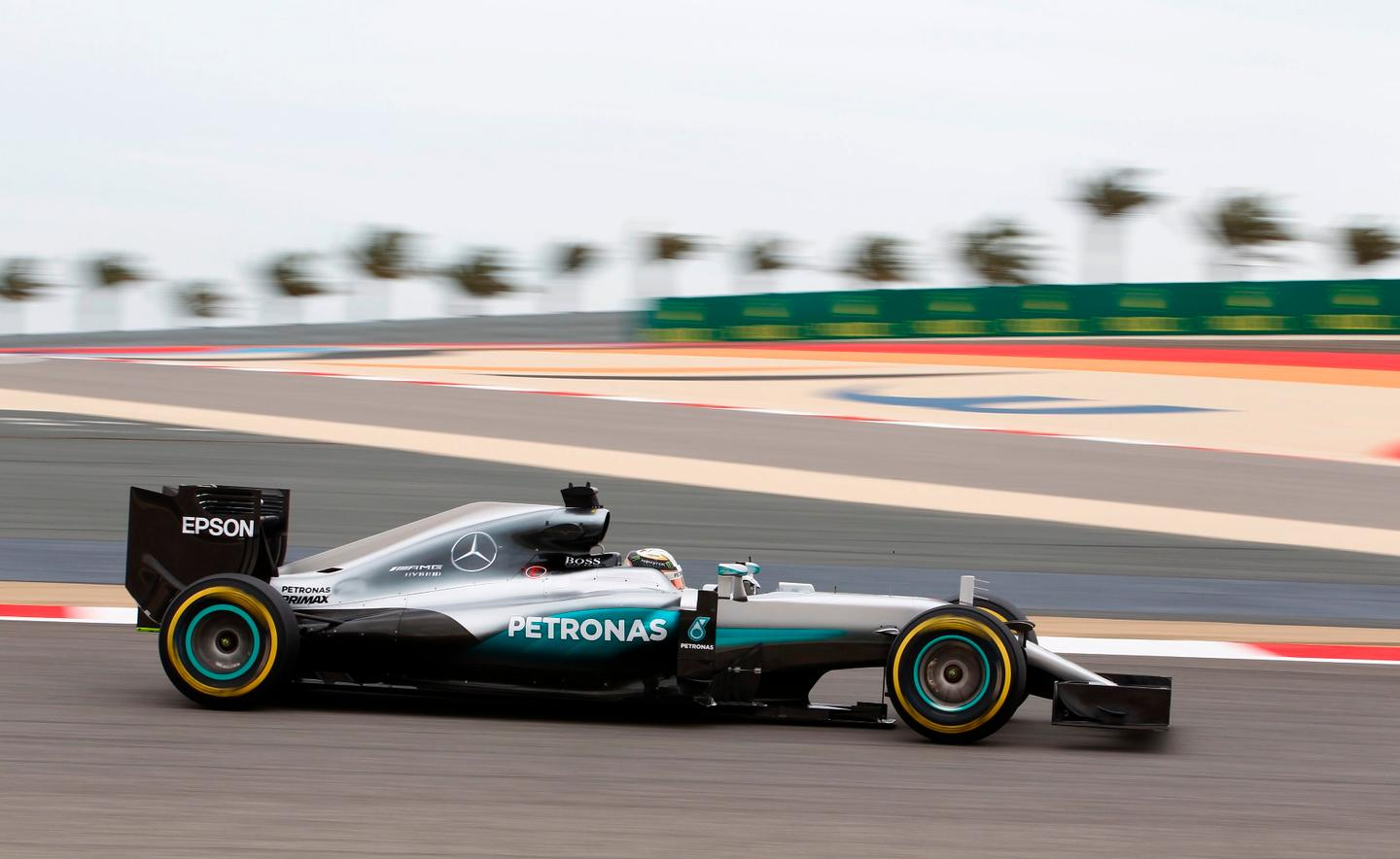Lewis Hamilton beat Fernando Alonso's lap record in Bahrain with his Mercedes W07