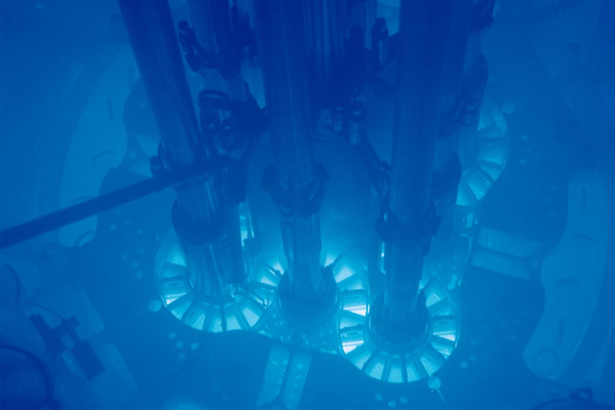 Hitachi is developing a new reactor that burns transuranium elements, such as those produced by this advanced test reactor at Argonne National Laboratory (Image: Argonne National Laboratory/Wikimedia)