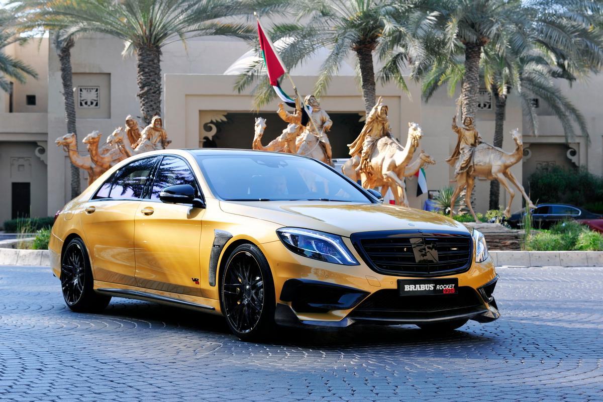 Brabus 900 Desert Gold Edition debuts at Dubai International Auto Show