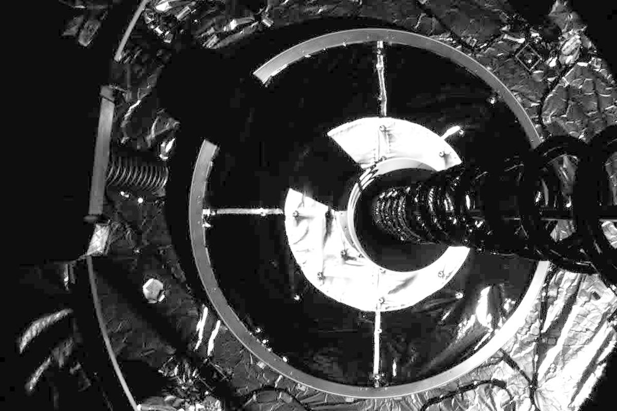 MEV-1 captures IS-901 to initiate the final docking of the two spacecraft