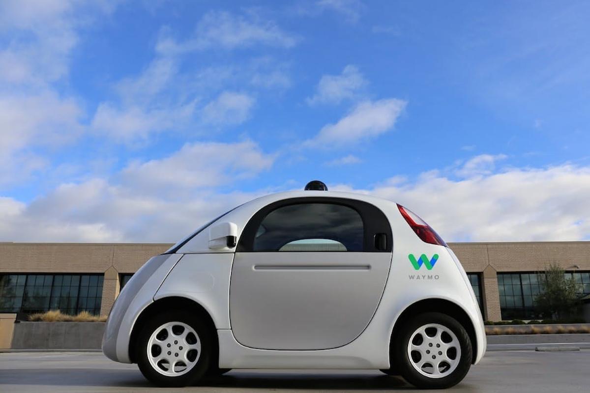 Waymologged more than 600,000 miles of self-driving testsin 2016