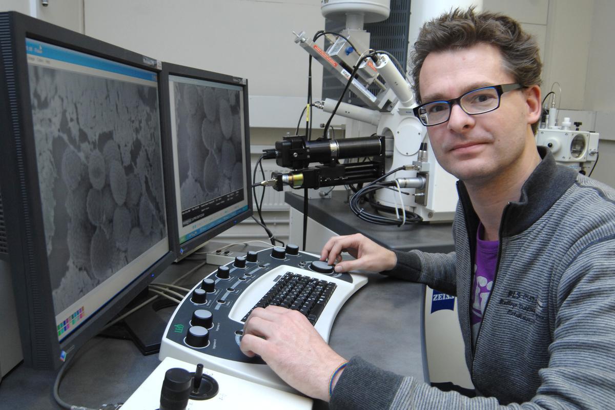 Project lead researcher Dr. Stefan Bon