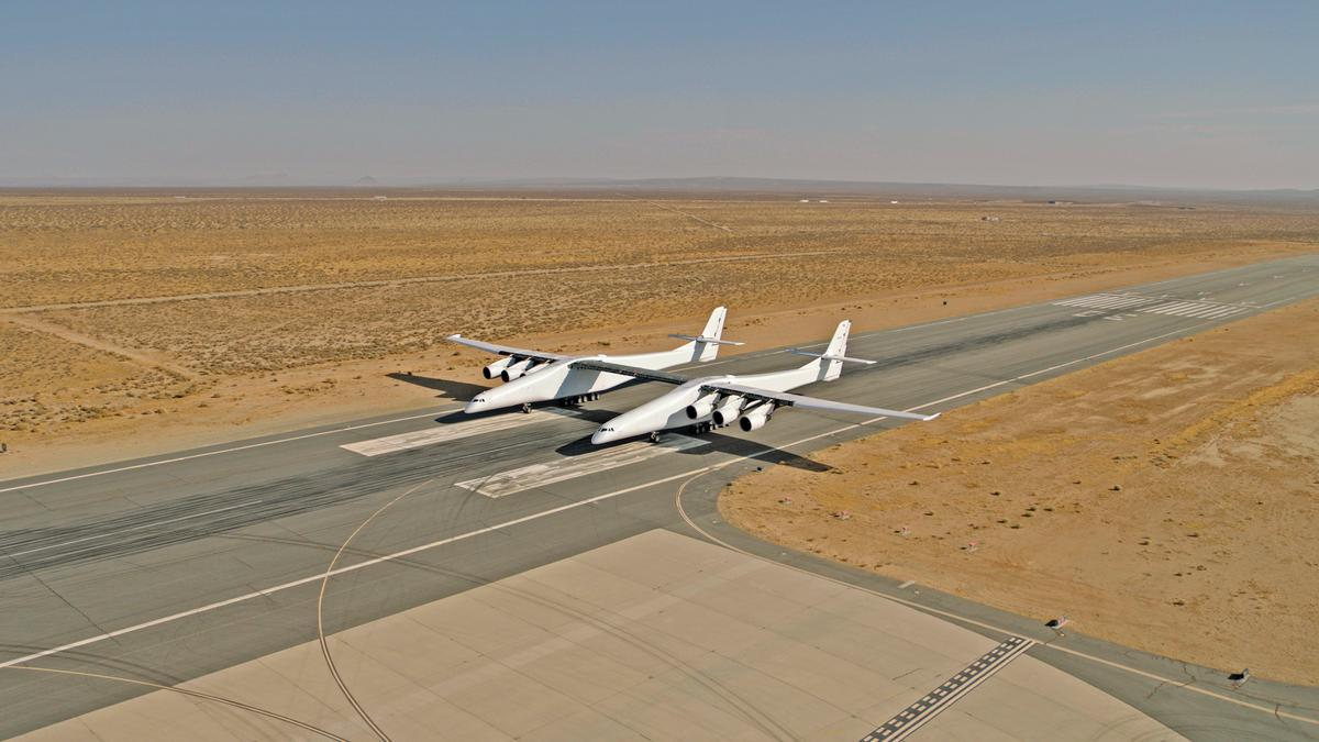 The giant Stratolaunch aircrafthas now successfully completed two runway taxi tests reaching a top speed of 46 mph