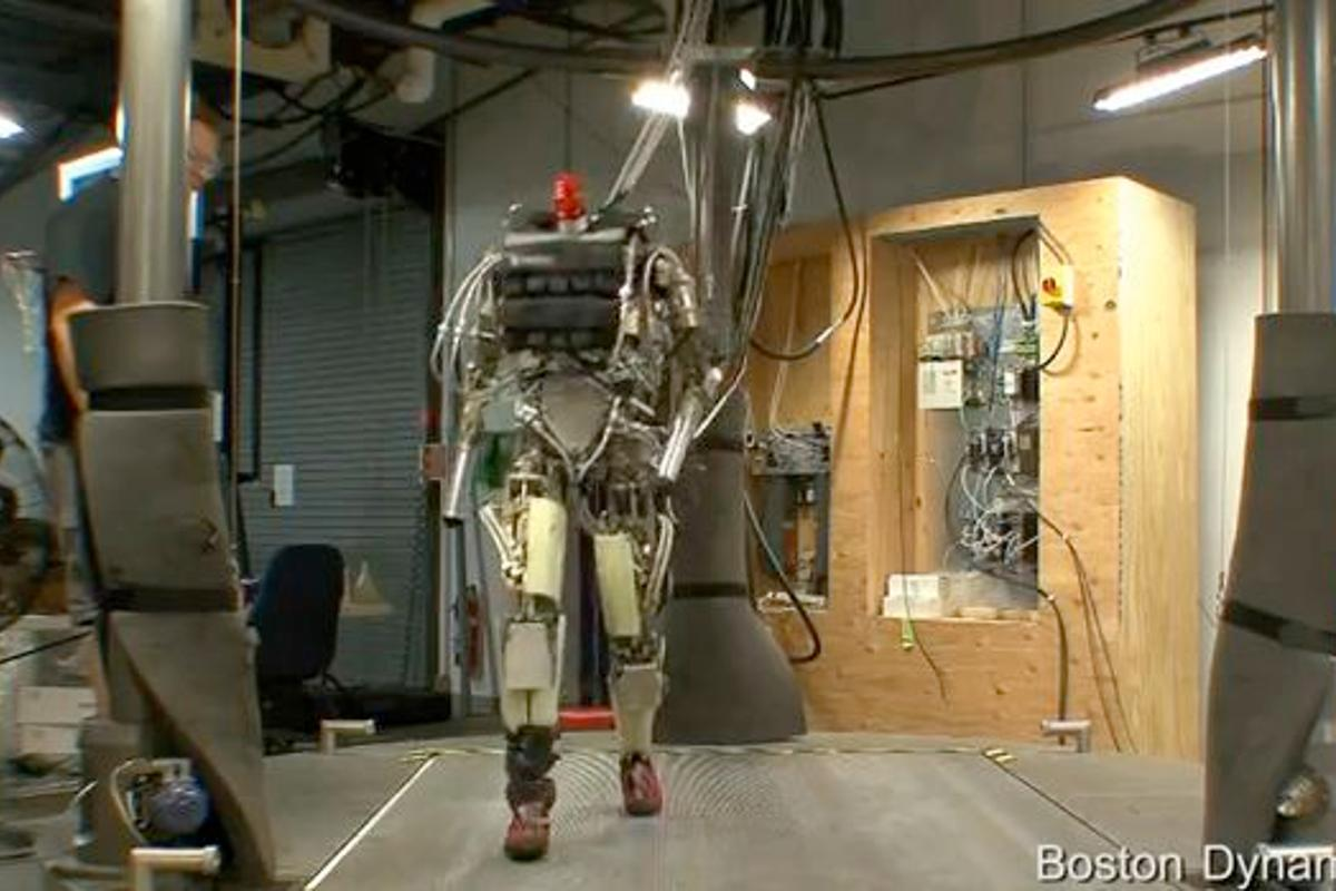 Boston Dynamics has released a video of its bipedal humanoid PETMAN robot, performing a variety of activities