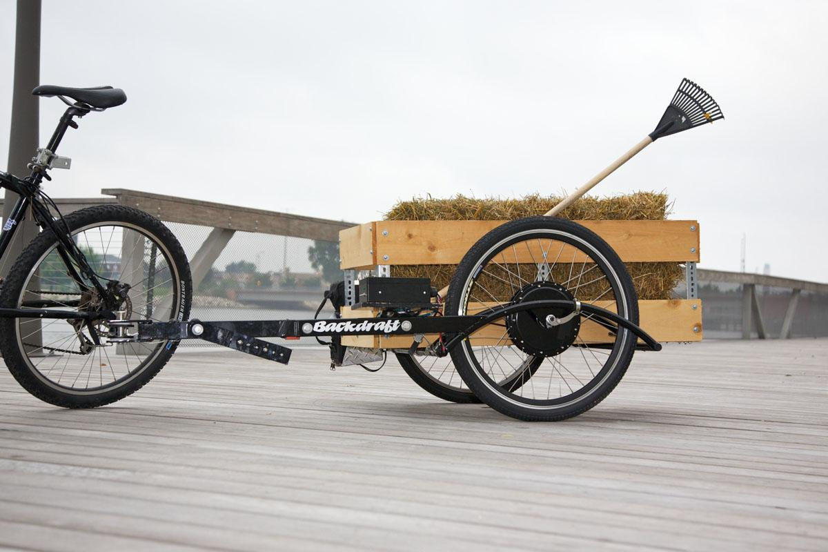 A bike utility trailer set-up