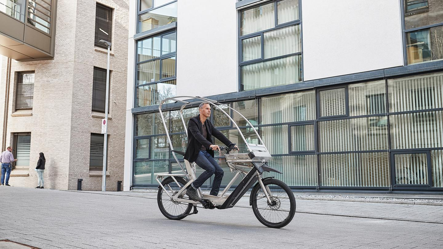 If equipped with two batteries, the AllWeatherBike has a claimed range of over 100 km (62 miles)