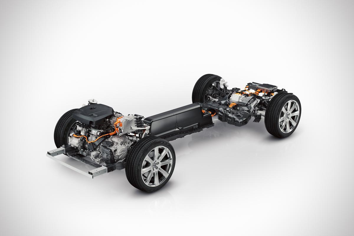 The new Volvo XC90's hybrid drivetrain