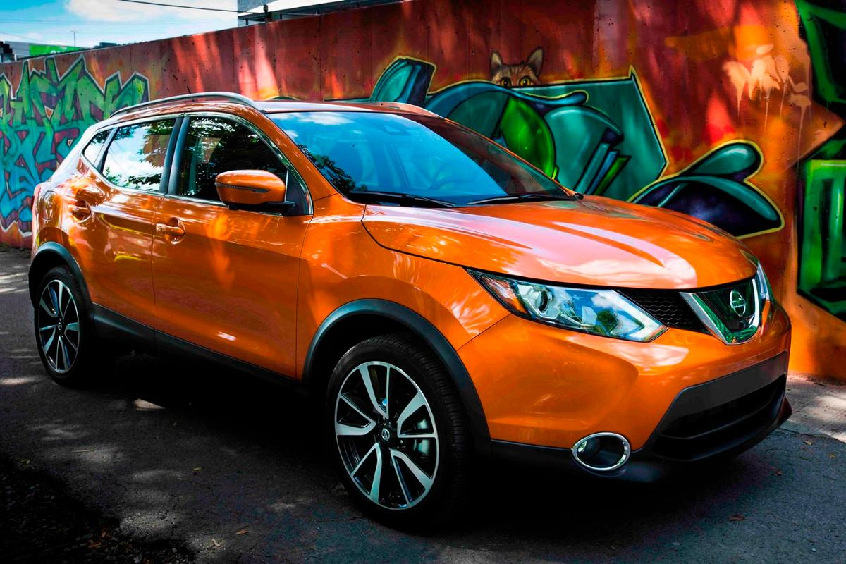 In terms of exterior design, the Rogue and Rogue Sport are similar, but not identical