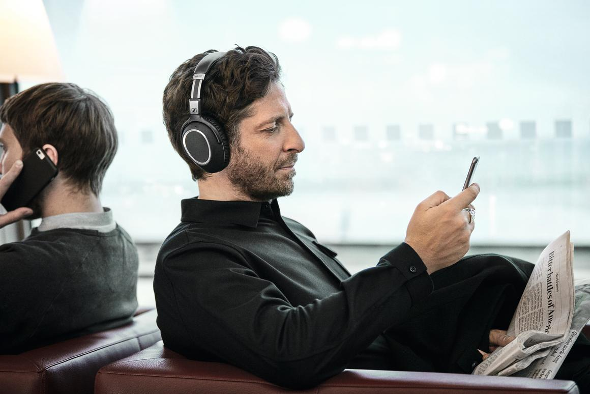 Sennheiser says that business users should be able to span the world on a single charge