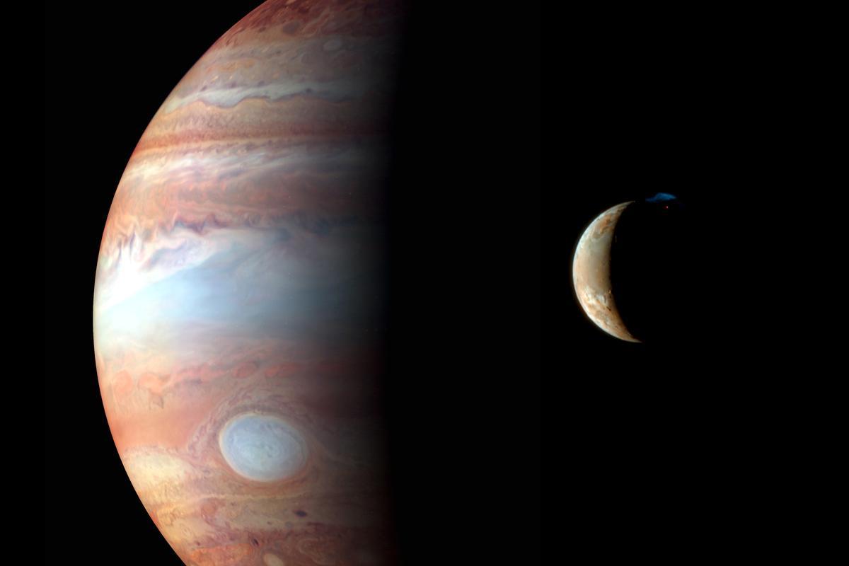 Jupiter and her volcanic moon, Io (Image: NASA/JHU/APL)