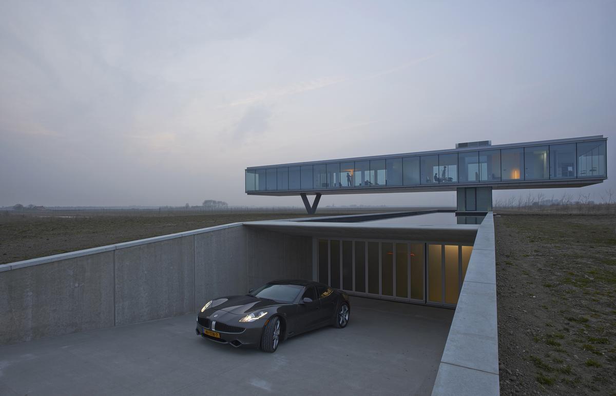 Villa Kogelhof measures 715 sq m (7696 sq ft) (Photo: Jeroen Musch)