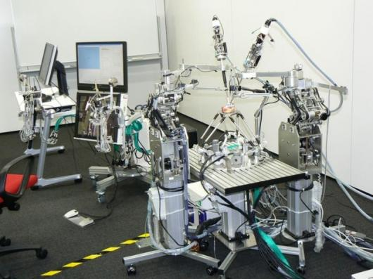 Waseda University's heart rate compensation system allows beating hearts to be operated on as if they were motionless.