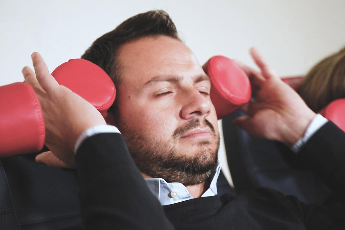 The Boom Headrest can be bent into shape, offering you some proper head and neck support to sleep on