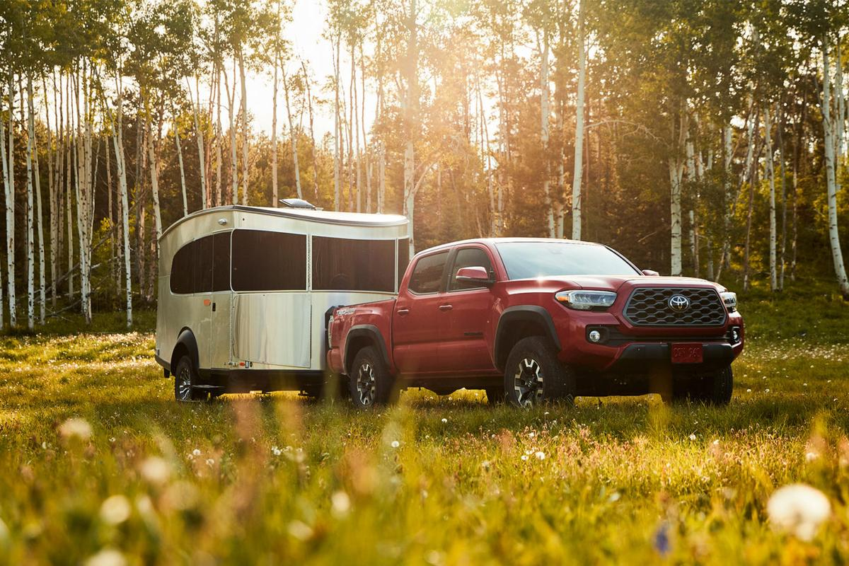 Like the 16 series, the Airstream 20 offers plenty of interior space and payload for carrying gear like bikes and boards