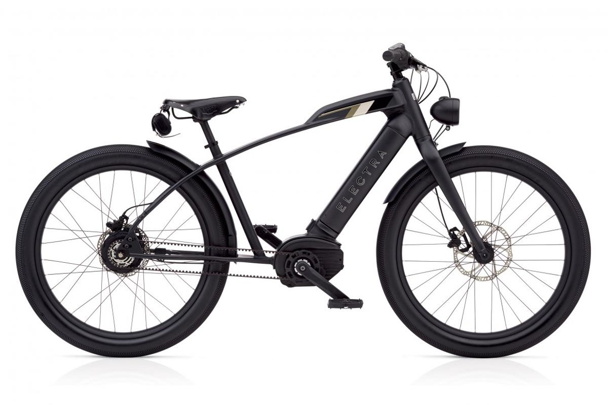 The Café Moto Go! from theElectra Bicycle Company can get riders up to 28 mph in retro-cool style