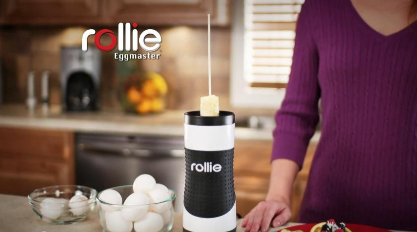 The Rollie Eggmaster Cooking System serves omelets up in the style of a skinless sausage