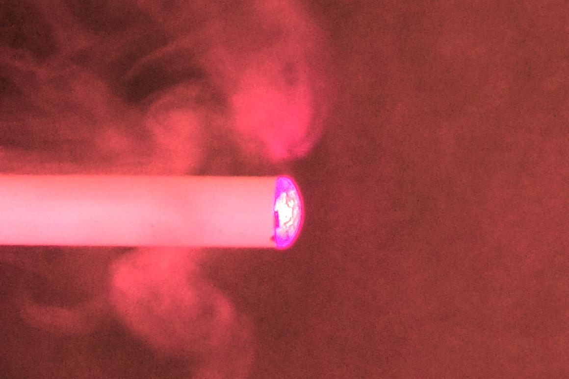 Study finds electronic cigarettes can cause health problems (Photo: Gizmag)