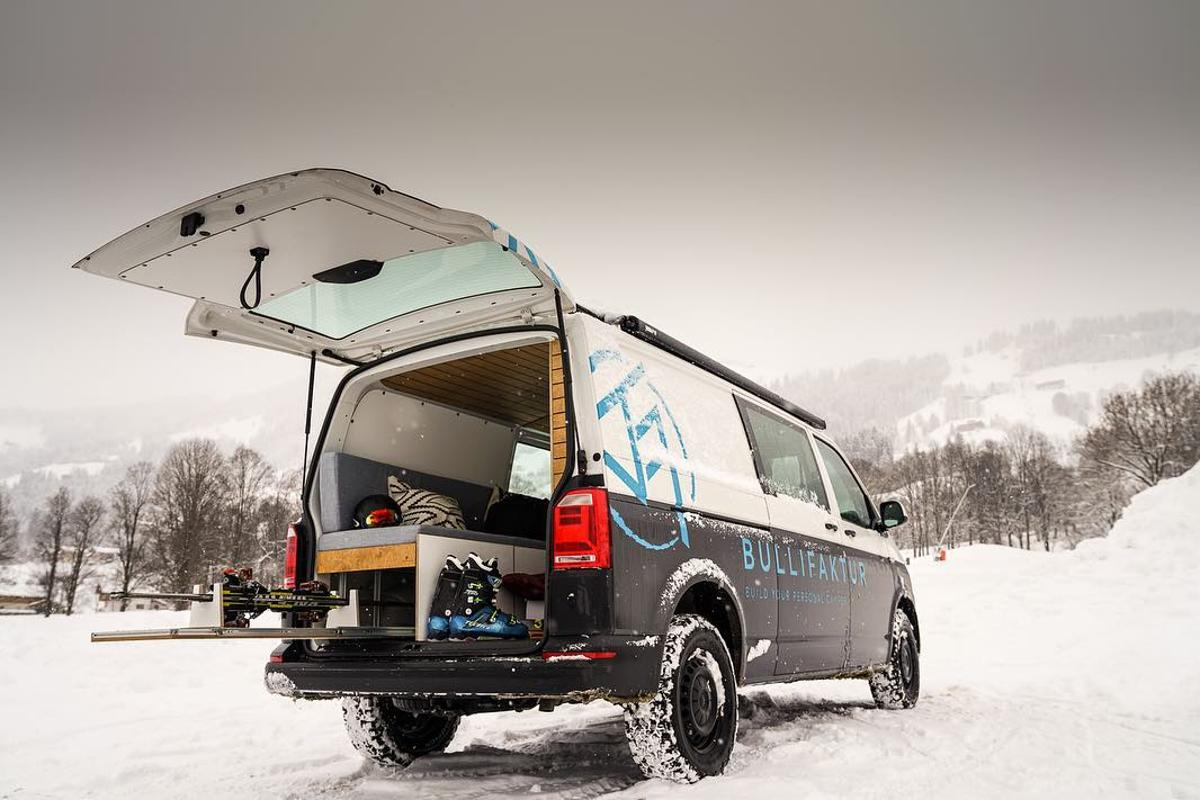 Volkswagen offers its vans with 4Motion all-wheel drive, so there's no reason not to create an all-terrain, all-season Bullifaktur