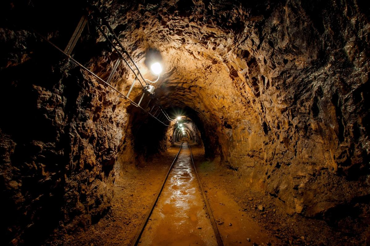 Old mines could get a second lease of life as energy storage caverns if a compressed air storage system proposal by EU scientists gets the green light