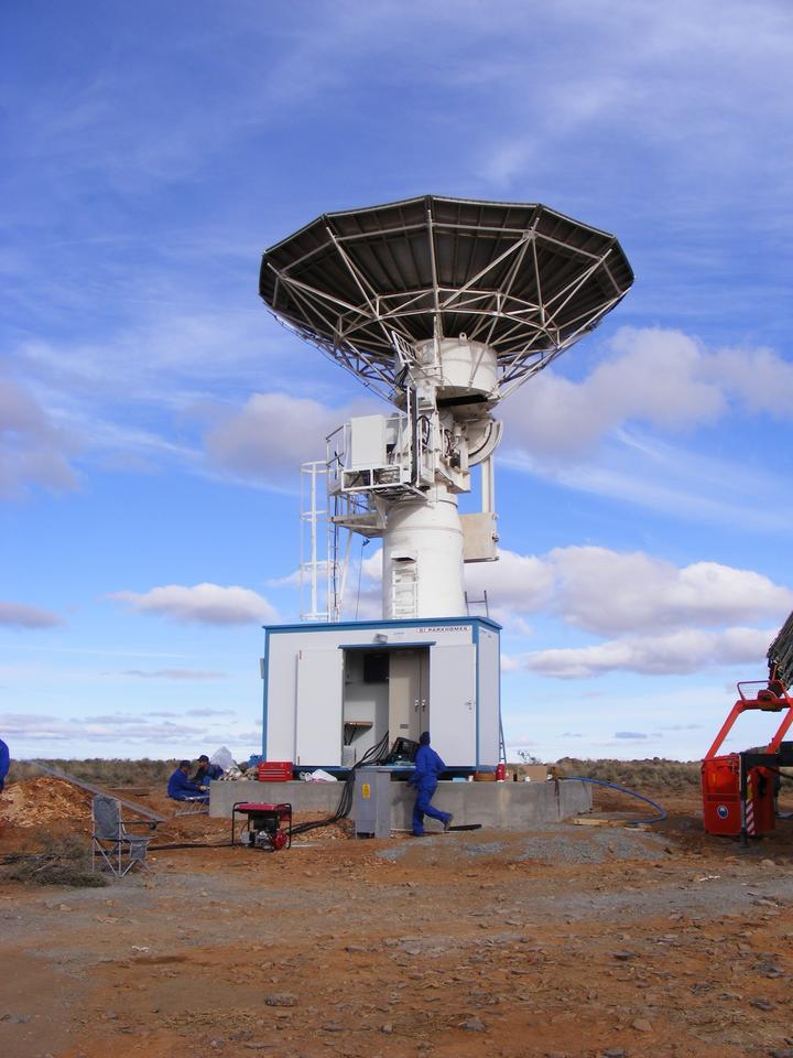 The South African MeerKAT Telescope (Credit: SKA Africa)
