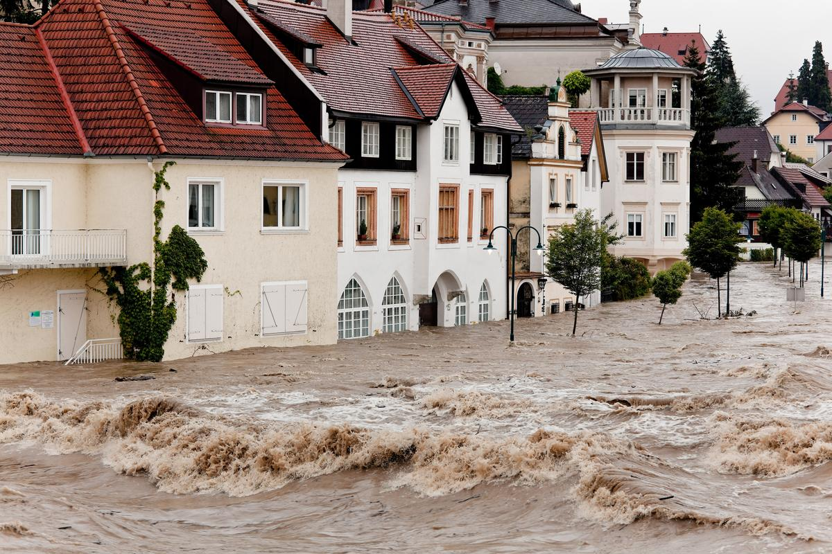 Climate change has led to a huge increase in natural disasters such as floods, a new UN report has found