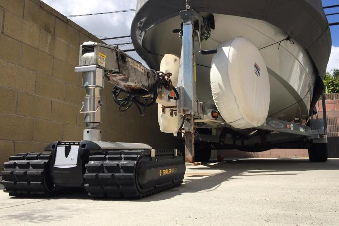 The Trailer Valet RVR'sheavy-duty caterpillar treads reportedly allow it to operate on a variety of surfaces