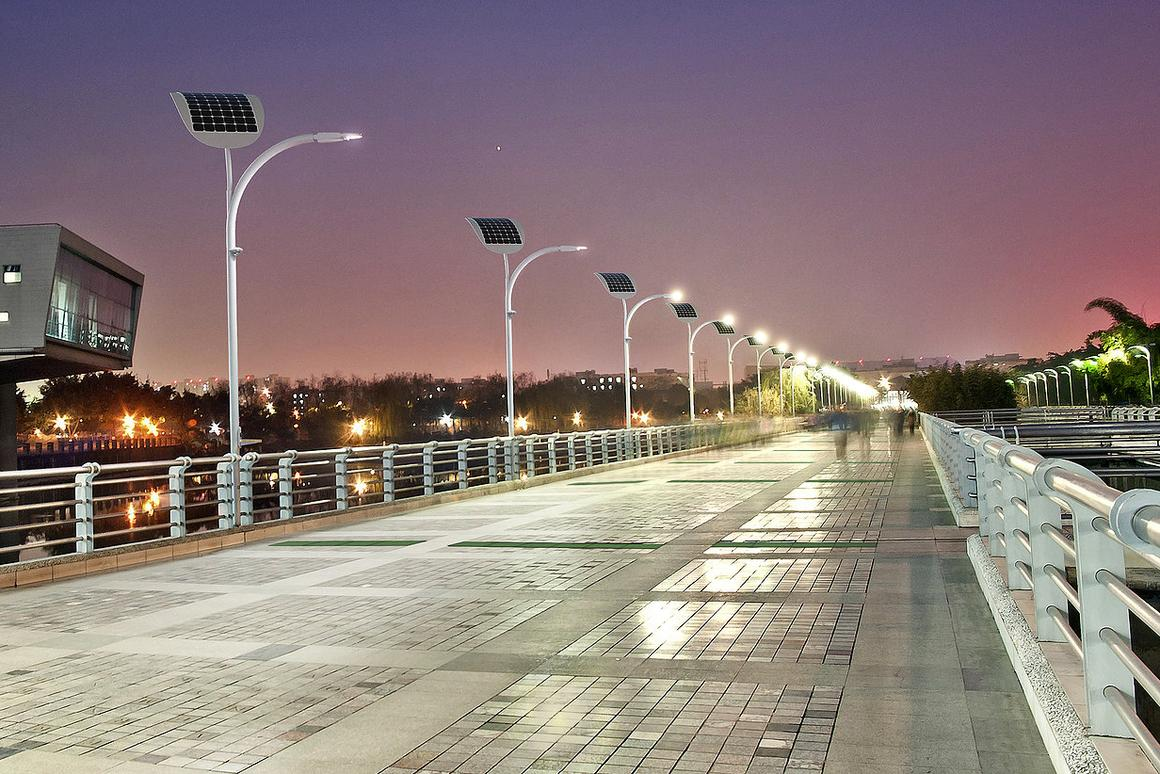 Sin City going green: Las Vegas to use solar and pedestrian