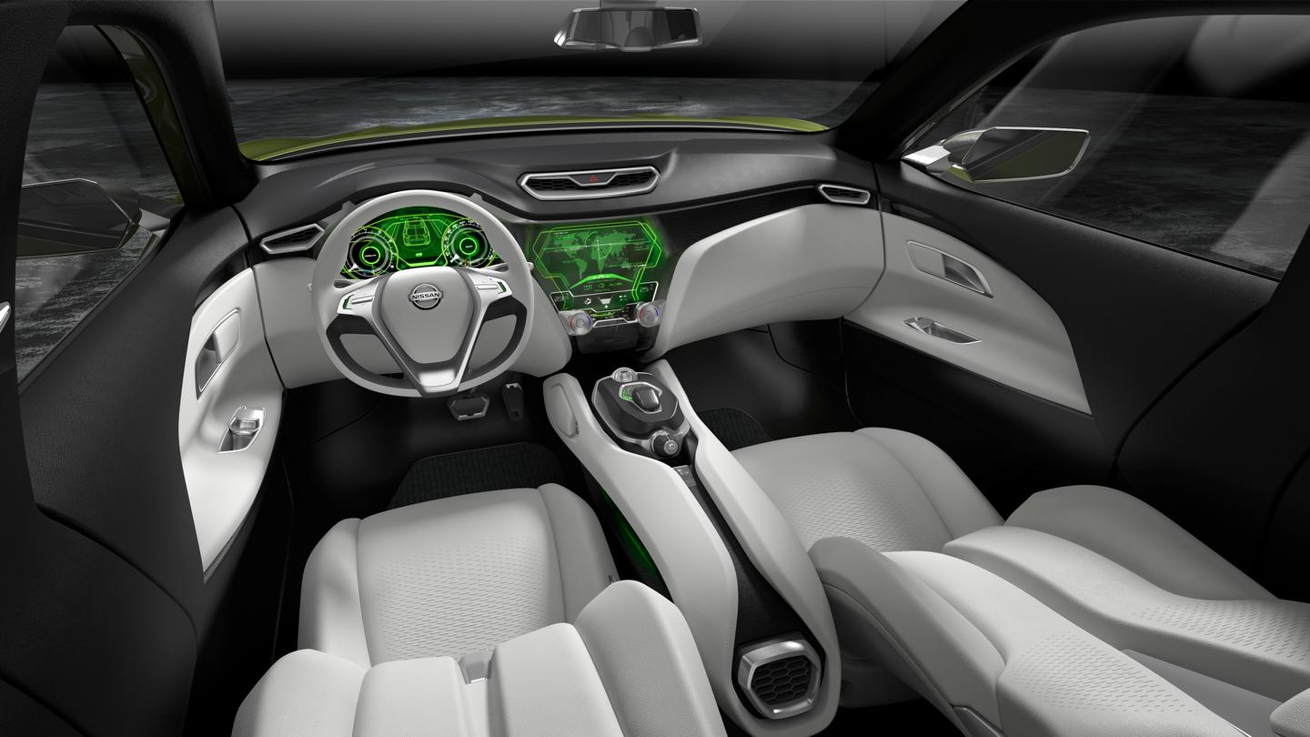Nissan used the 'T-wing' shaped dashboard to define the interior