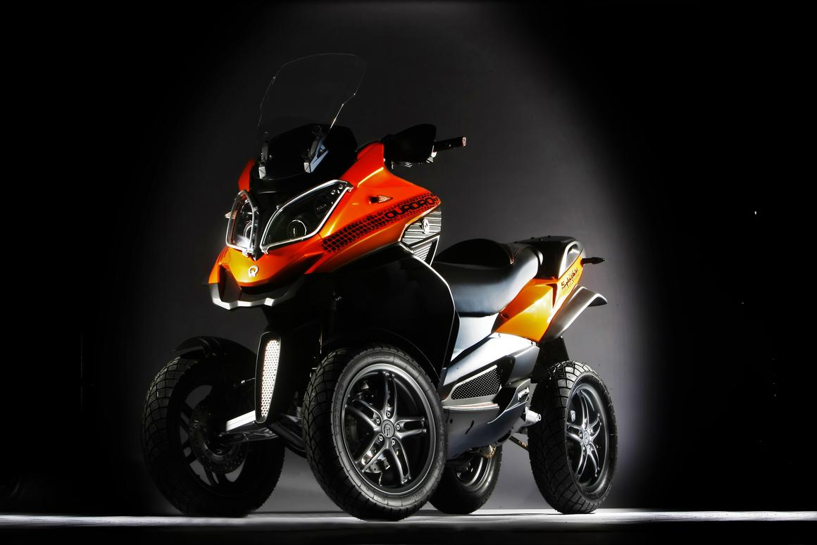 The Quadro 4D Parkour - an off-road focused tilting 4-wheeler.