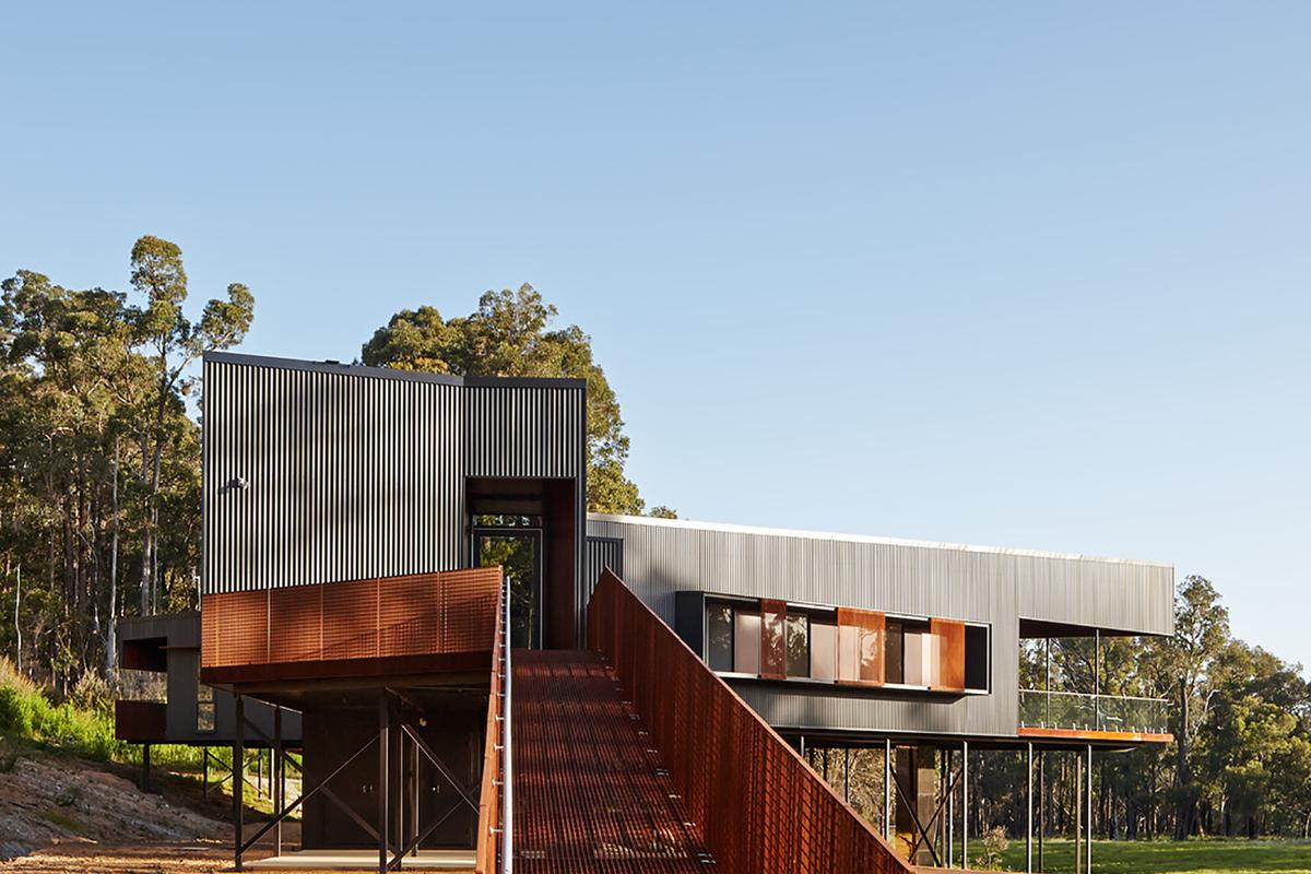 The Nannup Holiday House, by Iredale Pedersen Hook Architects (Photo: Peter Bennetts)
