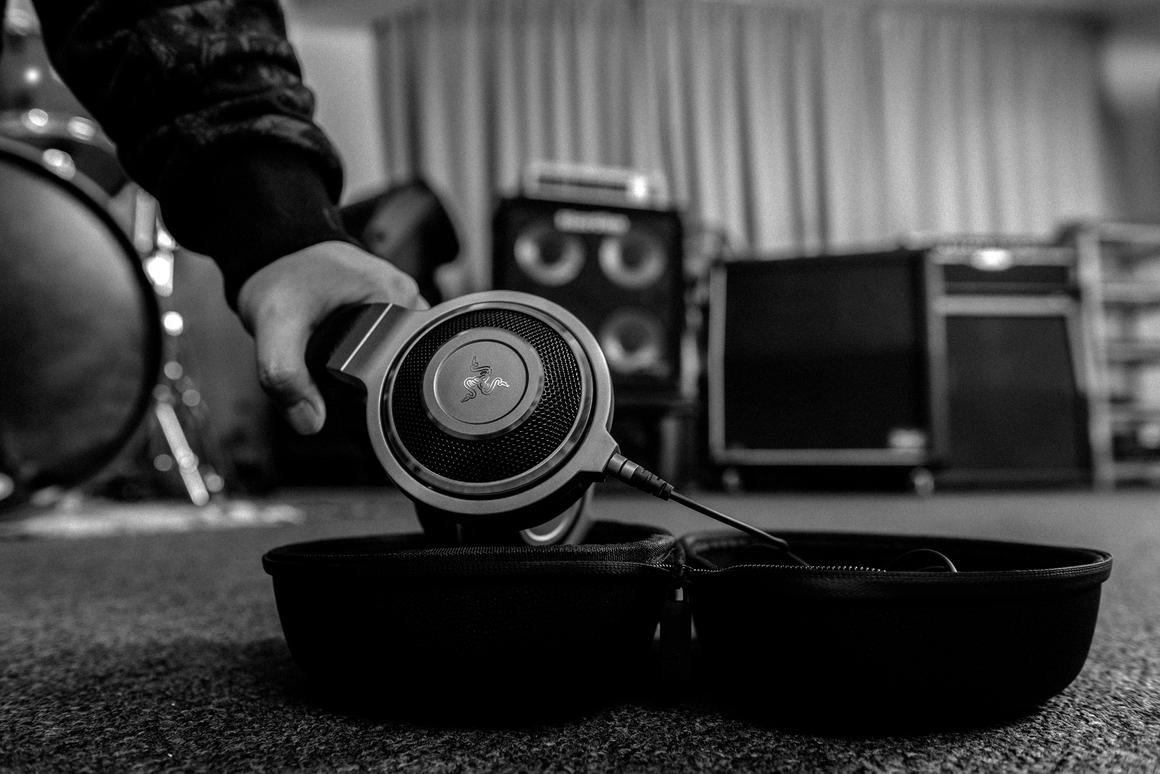 Razer has released the Kraken Forged Edition premium headphones