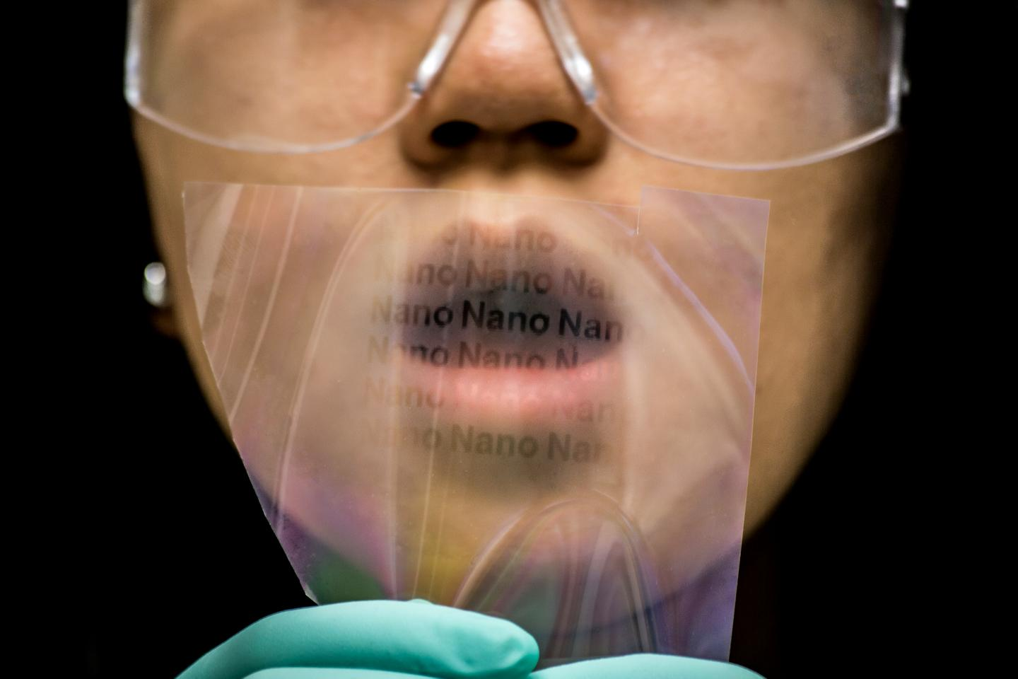 Breathing on this material deposited with nanopillars reveals a hidden message