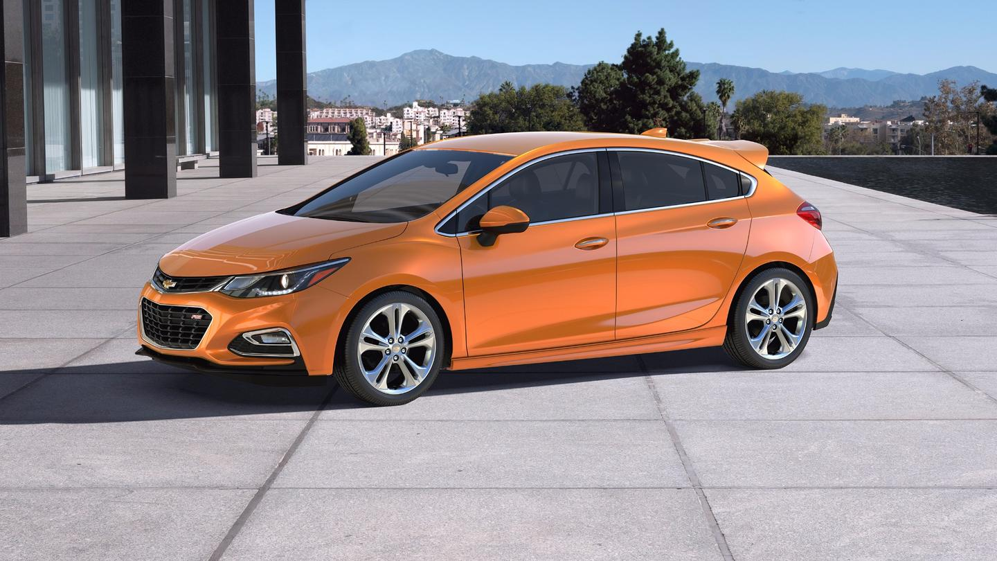 The Cruze Hatchback will enter showrooms in the Fall of 2016 with the LT and Premier trim levels as well as the RS package