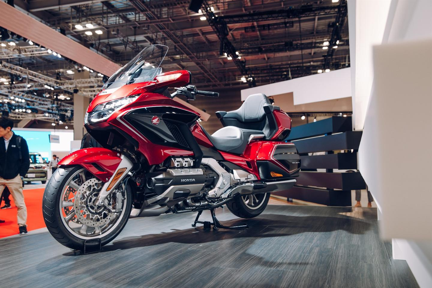 Honda unveiled the2018 GL1800 Goldwing on the opening day ofthe 45th Tokyo Motor Show