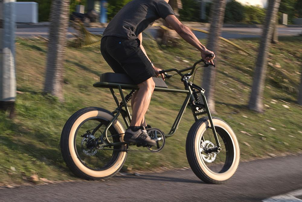 The Coast Cycle Buzzraw Pedal rocks a retro frame, fat tires and a long padded seat - but no electric assist