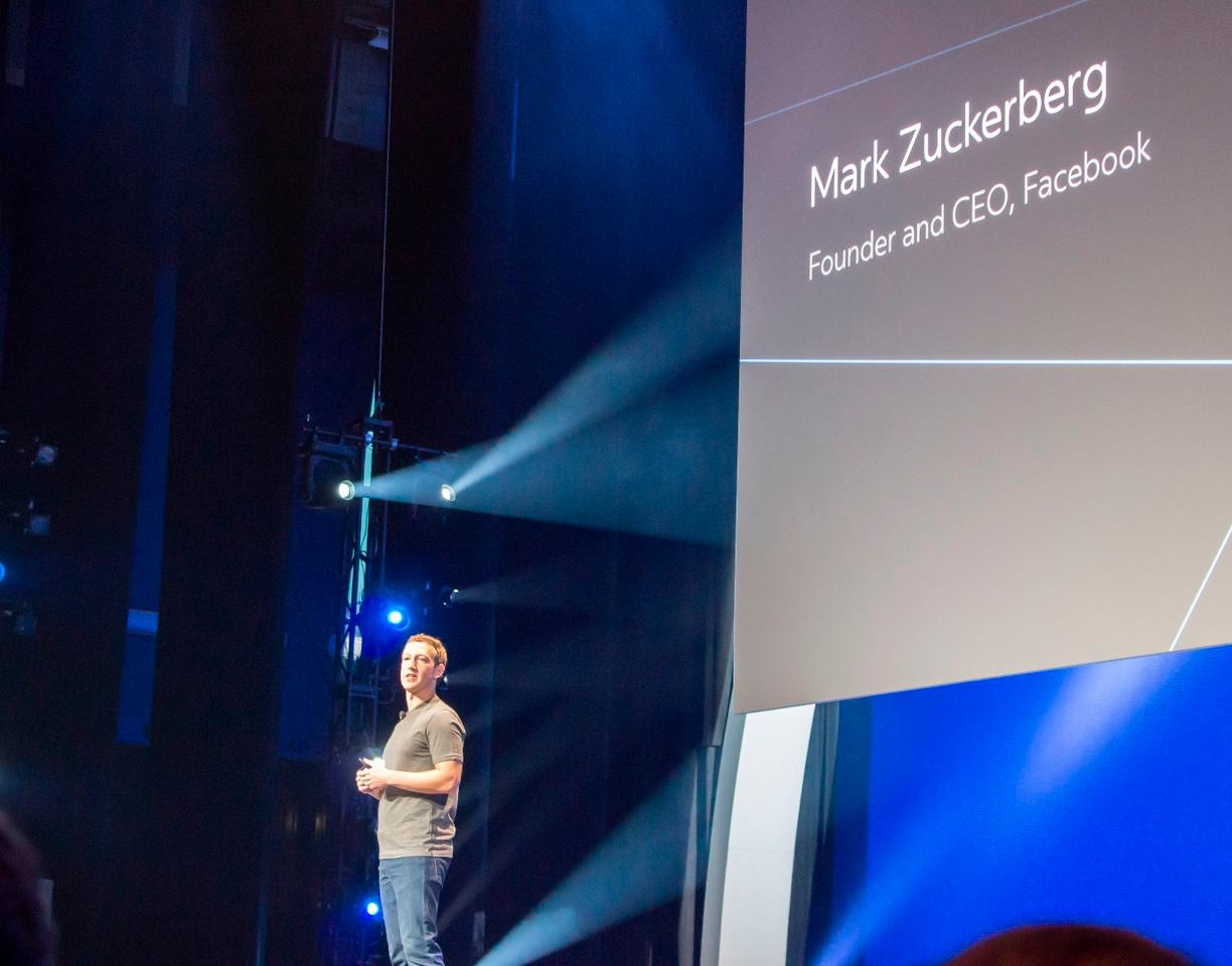 Mark Zuckerberg setting the tone at Oculus Connect 2