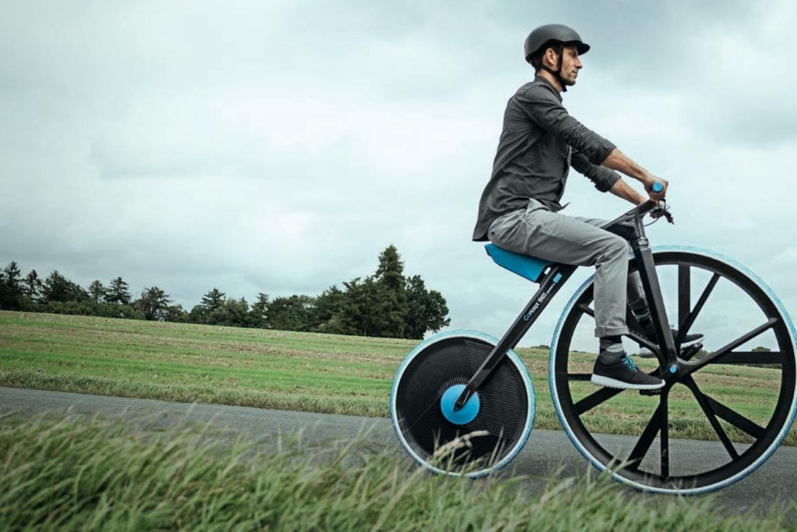 The Concept 1865 uses a 39-inch front wheel and 24-inch rear wheel