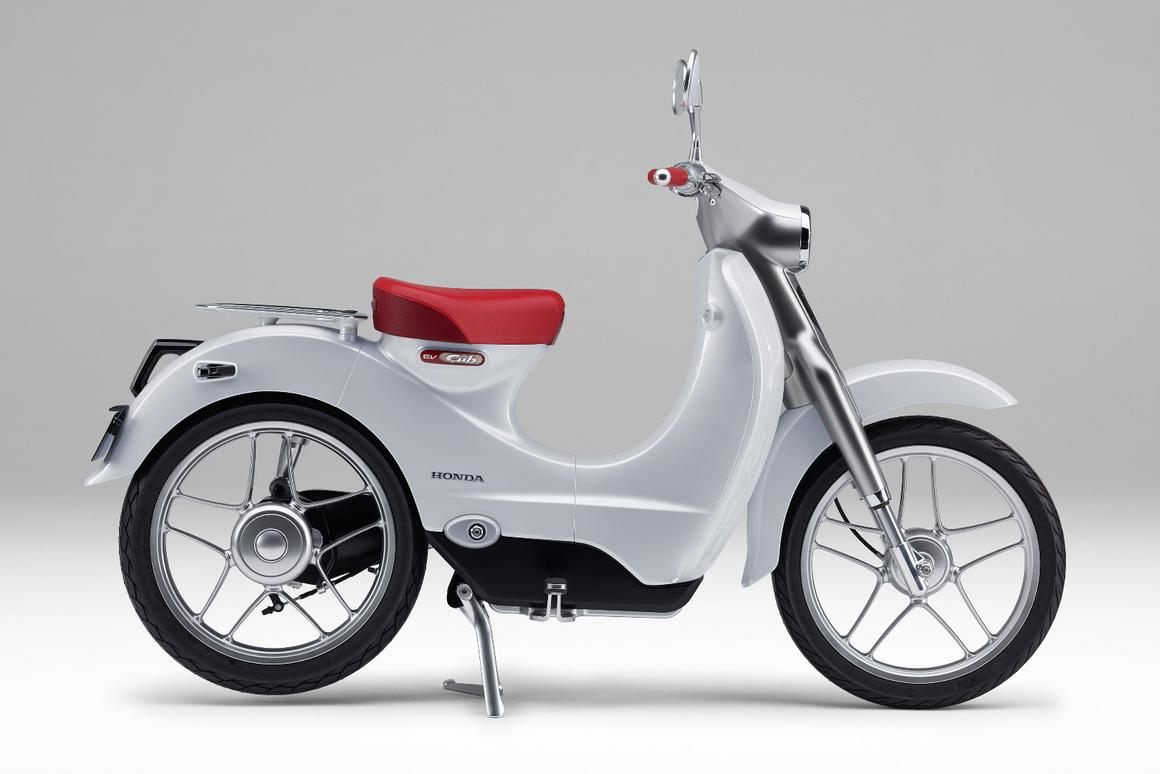 The Honda EV-Cub is based on the Super Cub Concept that was revealed at the 2015 Tokyo Motor Show