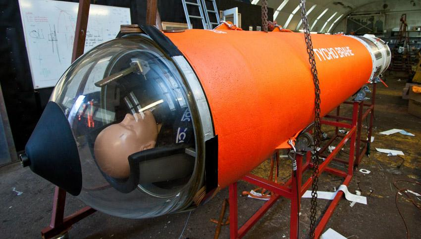 Leading end of the Tycho Brahe suborbital vehicle showing the observation dome and a full-sized manikin representing the passenger (Photo: Copenhagen Suborbitals)