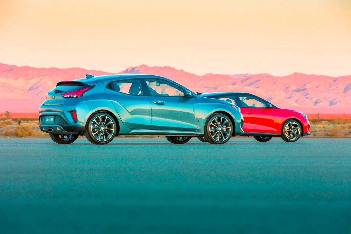 The 2019 Hyundai Veloster and Veloster Turbo have debuted in Detroit and will enter the U.S. market soon