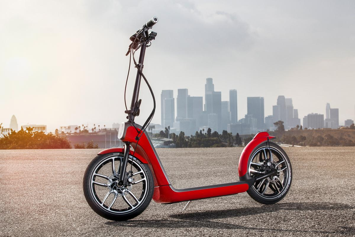 Aimed at providing a last-mile transport option, the Mini CitySurfer weighs 18 kg (40 lb)