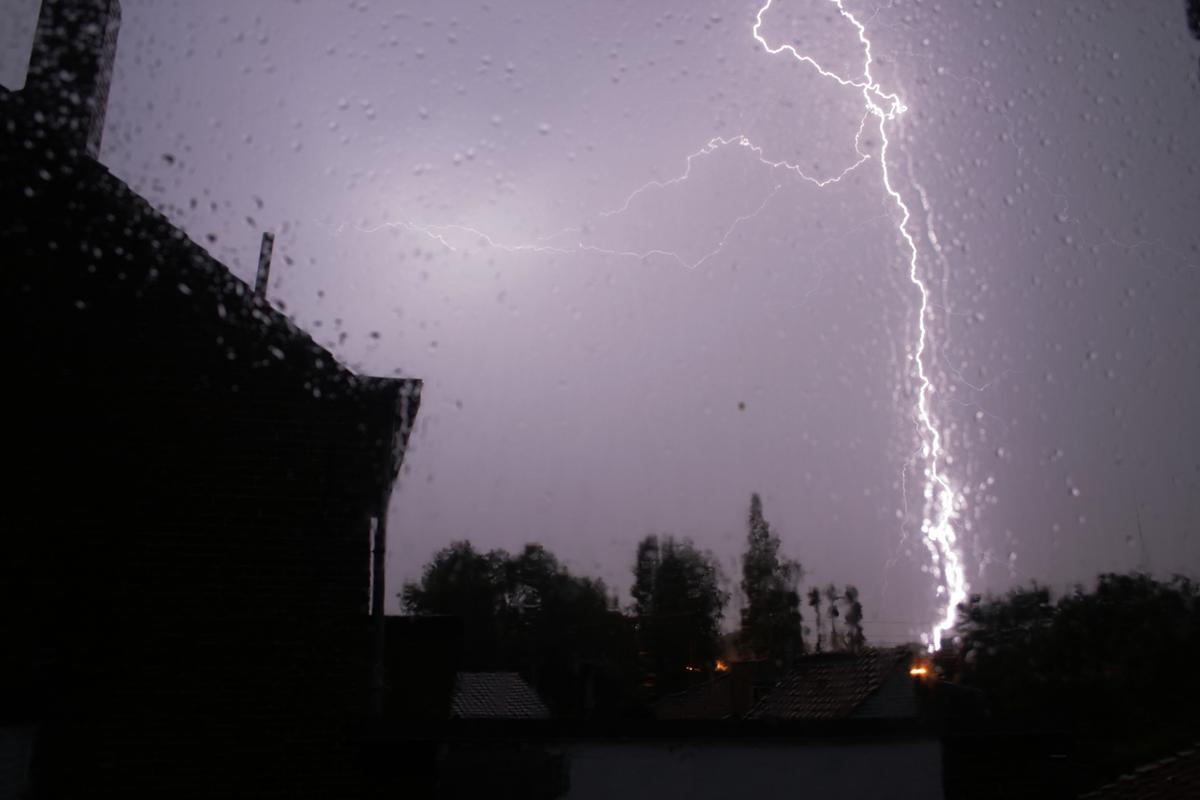 Are we really a step closer to harnessing the power of lightning? (Photo: Wim Vandenbussche)