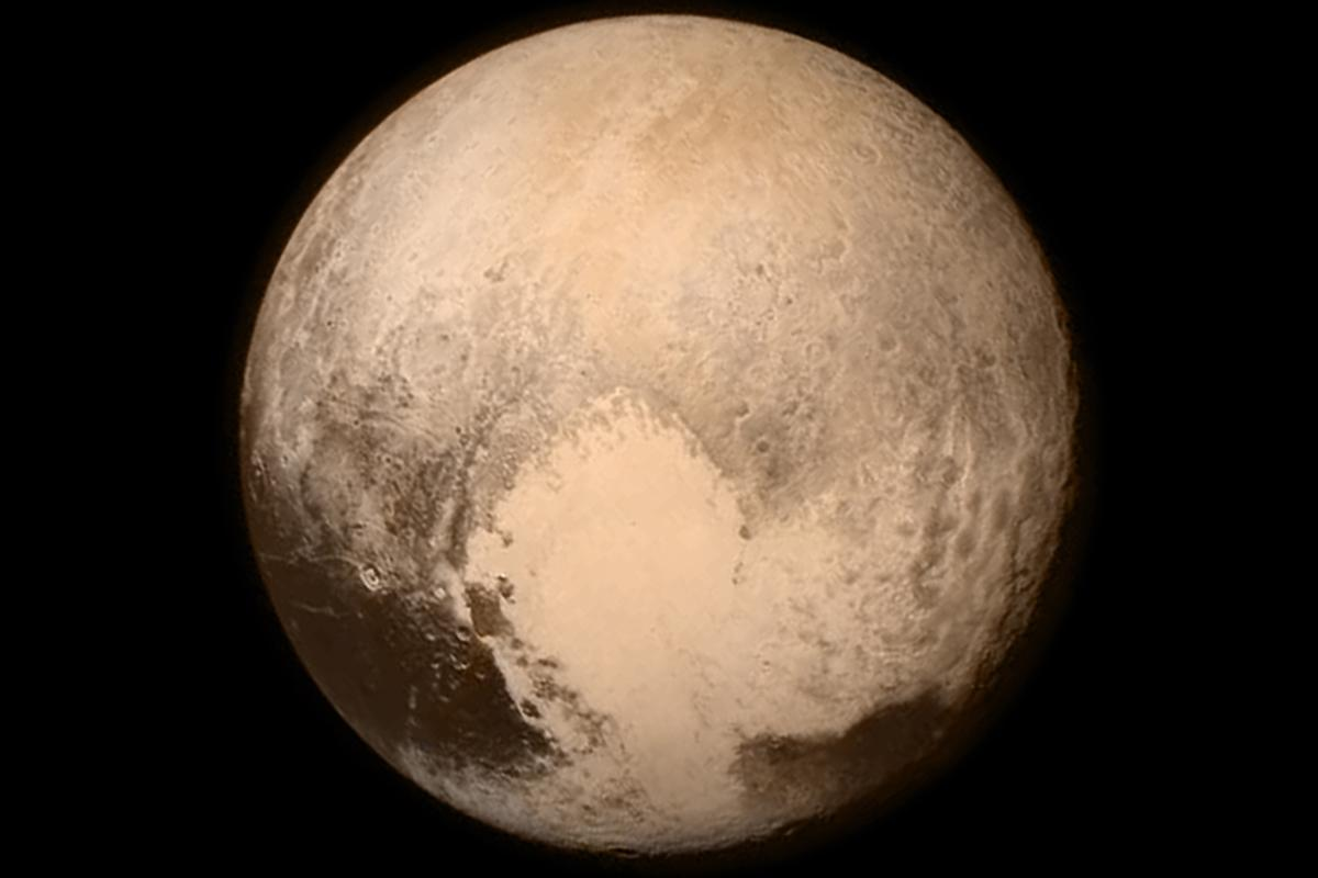 Color image of Pluto returned 16 hours before flyby