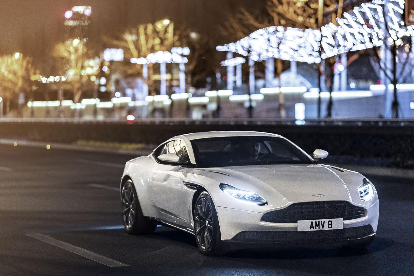 The new V8 DB11 still looks like an Aston Martin