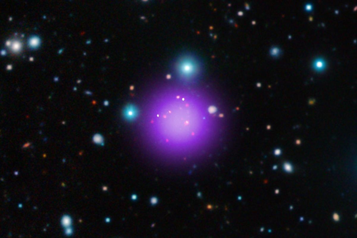 Composite image of the galaxy clusterCL J1001+0220