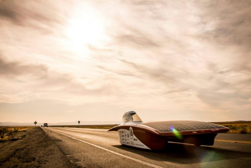 The Stanford Solar Car Project's Arctan on the road during the 2015 World Solar Challenge